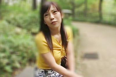 E-BODY専属デビュー 九州乗り込みドキュメント SEX好きすぎる巨乳地方妻が夫に満足できずにAV応募 水川かずは