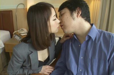 愛人×人妻×濃厚接吻 大槻ひびき 千乃あずみ 早川瑞希 玉城マイ 舞川ゆりな