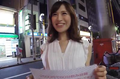 【超エロ デ ゴメンネ!】ガールズバーで働く女の子にインタビュー!さおり(22)