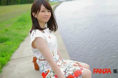 8年ぶりに味わうキス 高樹あすか 32歳 接吻まみれ…唾液まみれ…愛液まみれ… AVデビュー!!